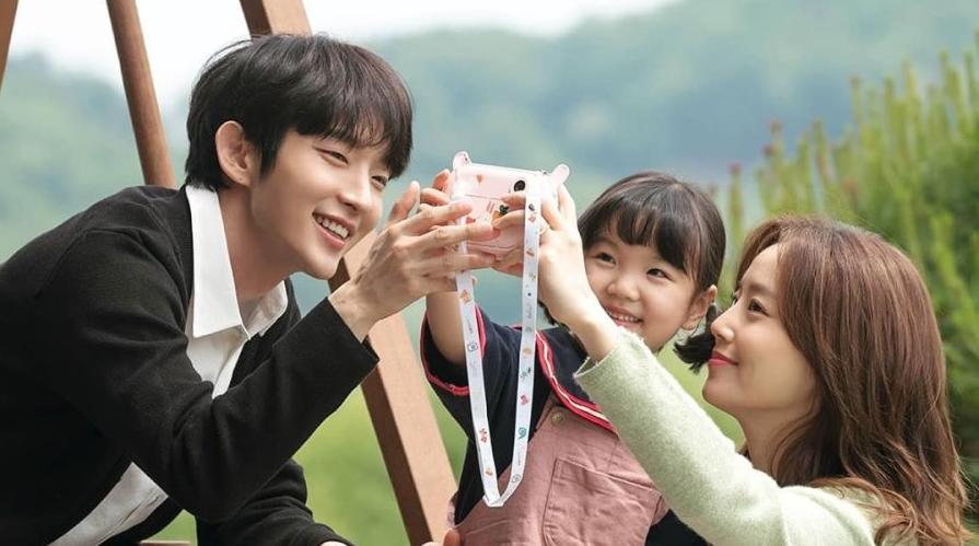 Trend 'điên nữ', 'khùng nam' trên màn ảnh Hàn năm nay: càng điên khùng phim lại càng hot 6