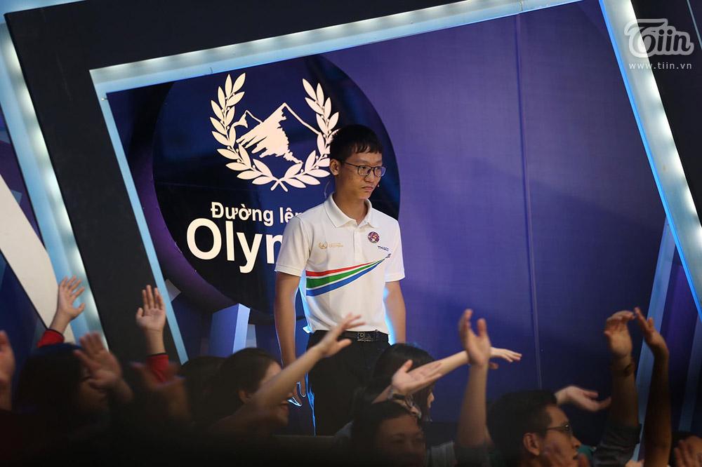 Chiến thắng tuyệt đối, nữ sinh Ninh Bình xuất sắc giành Quán quân Đường lên đỉnh Olympia 2020 12
