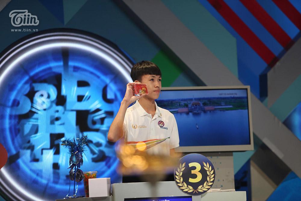 Chiến thắng tuyệt đối, nữ sinh Ninh Bình xuất sắc giành Quán quân Đường lên đỉnh Olympia 2020 9