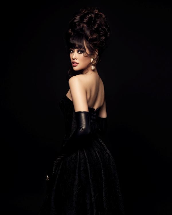 Hoa hậu Khánh Vân biến hoá hình ảnh từ công chúa thành nữ hoàng quyền lực 5