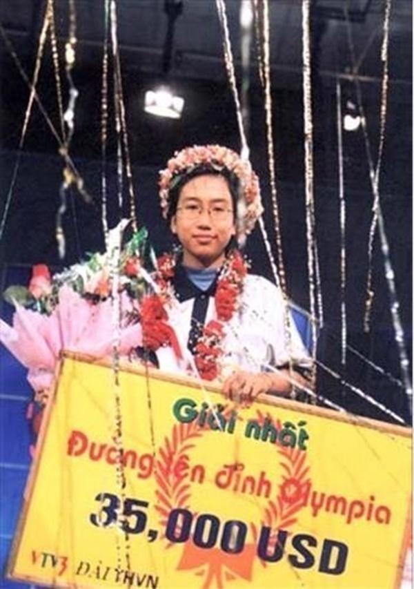 Lương Phương Thảo là Quán quân Olympia năm 2002.