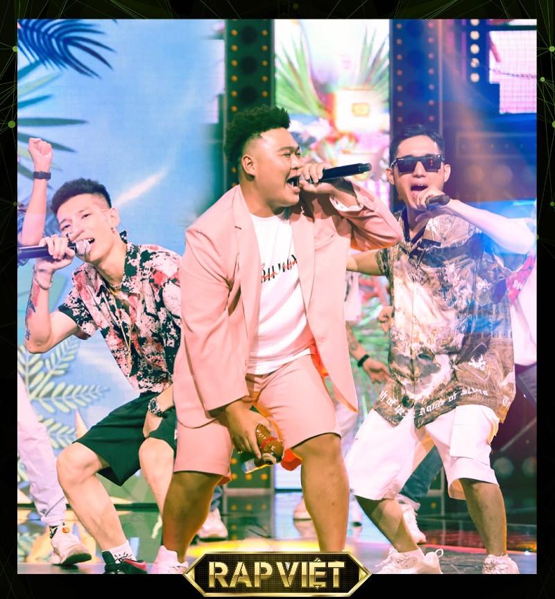 Bộ baYuno Bigboi, RPT MCK vàDuy Andy đã khiến cả trường quay phải đứng lên nhún nhảy, với phần trình diễn được Rhymastic nhận xét là đậm màu sắc hiphop Paris.