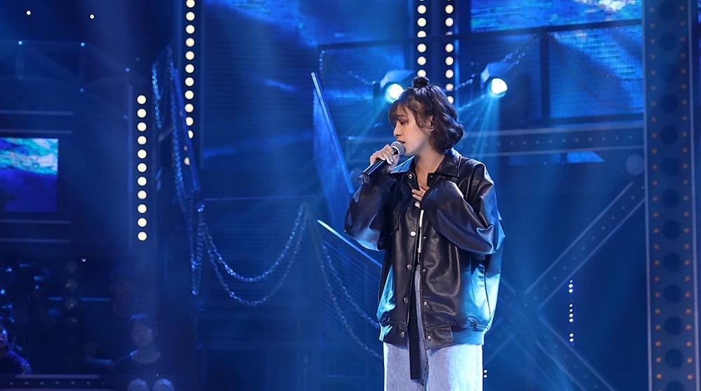 nul - rapper 17 tuổi xuất hiện trong tập 6 Rap Việt cùng ca khúc xúc động viết về người mẹ quá cố.