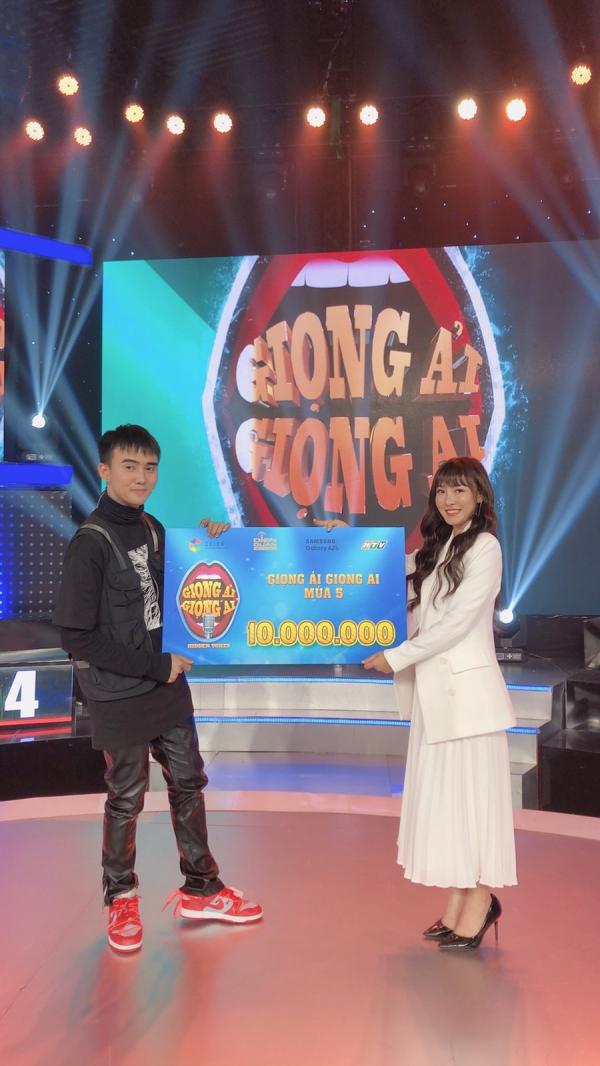 Nhan sắc hot girl Tik Tok 'lừa đẹp' Trấn Thành, Trường Giang trong 'Giọng ải giọng ai' 0