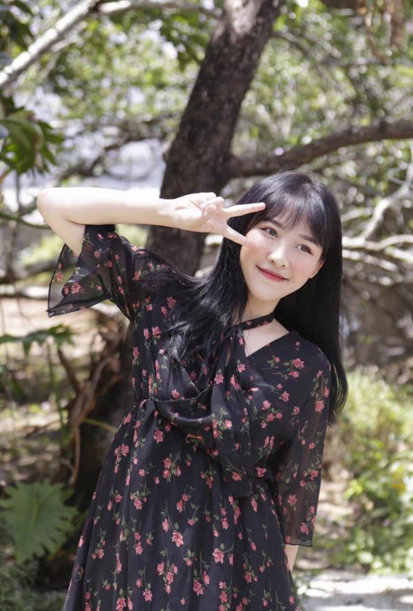 Nhan sắc hot girl Tik Tok 'lừa đẹp' Trấn Thành, Trường Giang trong 'Giọng ải giọng ai' 1