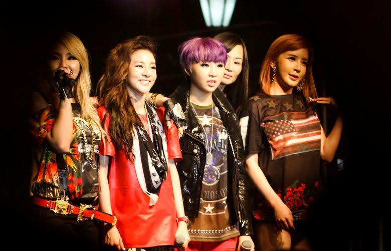 Soi phong cách các nhóm nhạc nhà YG để biết vì sao lần nào lên sân khấu họ cũng 'chất như nước cất' 2