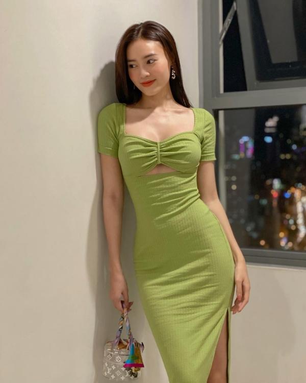 Pha đụng hàng bất ngờ giữa Ninh Dương Lan Ngọc và hoa hậu nóng bỏng nhất showbiz Mai Phương Thúy 0