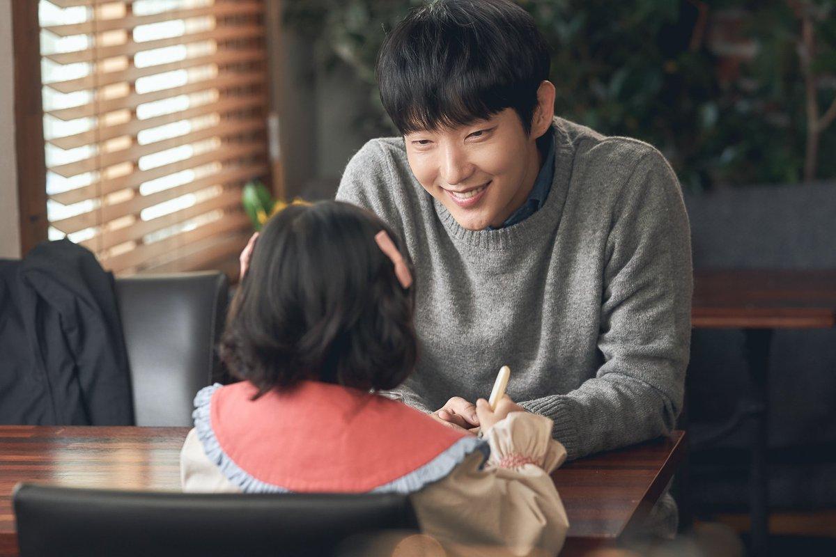 3 nhân vật điên loạn đỉnh nhất phim Hàn 2020: Seo Ye Ji, Lee Jun Ki 'hở là doạ giết', riêng Kim Dami tạo ra trend nữ quyền mới 5