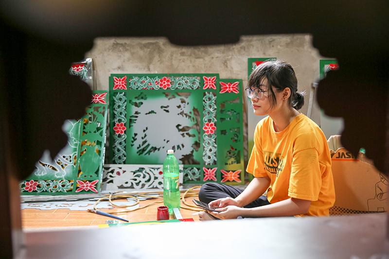 Lớp trẻ Sơn Đồng quyết tâm 'giữ lửa' truyền thống nghề sơn son thếp vàng của cha ông 2