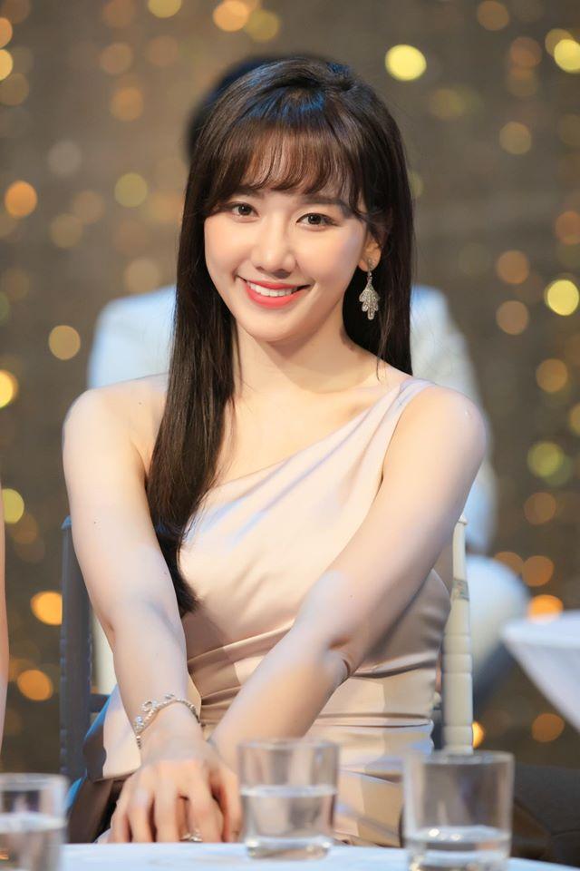 Sao Việt bị tố mắc bệnh ngôi sao: Trấn Thành không cho fan chụp ảnh, Sơn Tùng M-TP bỏ show 3