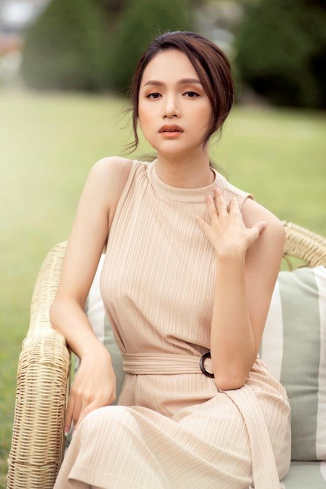 Không ít lần Hương Giang bị chỉ trích khi phát biểu.