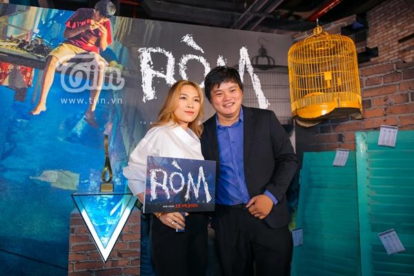 Thảm đỏ siêu hot:Karik và dàn thí sinh Rap Việt 'cực bảnh'chúc mừng Wowy ra mắt phim, chị đẹp Mỹ Tâm gây chú ý! 1