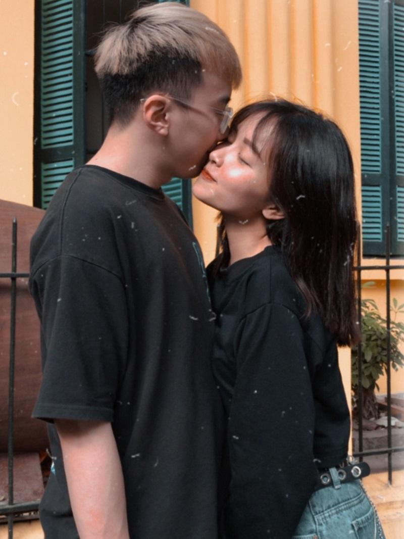 Đăng hình 'thân mật' với MC Mộc Miên kỷniệm nửa năm bên nhau, Zico khẳng định ngọt ngào: 'Ảnh vỡ nhưng tình yêu thì không' 2