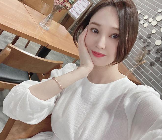 Lee Min Ho bị đồn hẹn hò hoa hậu Hàn Quốc, dân tình soi ra nhiều điểm chung 1