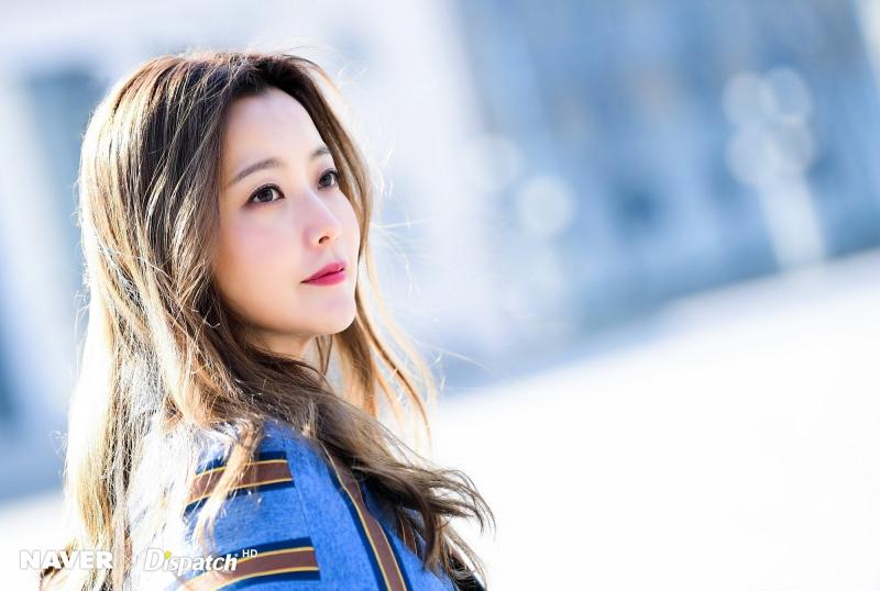Kim Hee Sun không hề tự phụ khi nhận mình xinh đẹp hơn Kim Tae Hee, Jeon Ji Hyun.