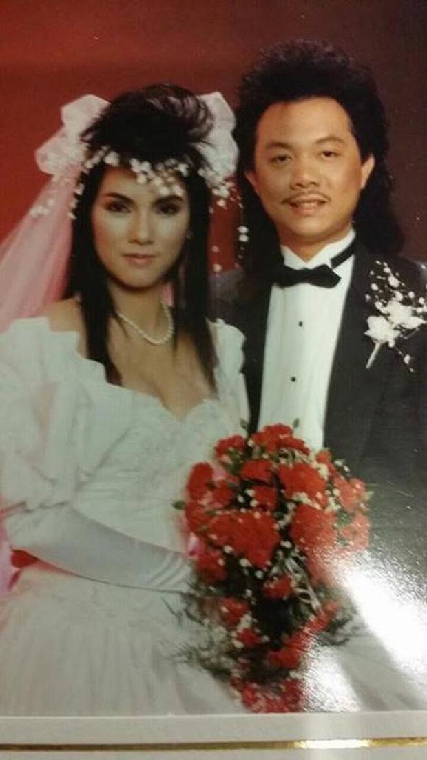 Chí Tài và vợ nên duyên sau khi diễn chung trong ban nhạc Chí Tài Brother và kết hôn năm 1987.
