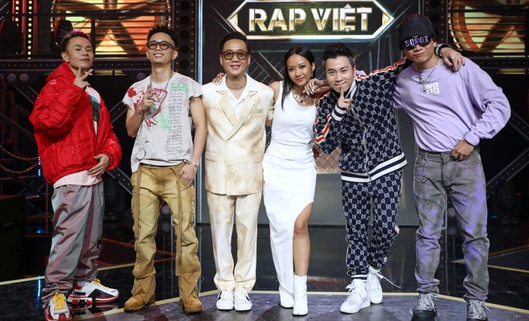 Hot: Team Suboi khiến dân tình đồng tình réo gọi Nón Vàng cuối cùng từ 'Hoàng tử nước ngọt' Karik 5