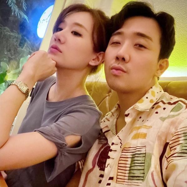 Hari Won tiết lộ 'luật vợ chồng', Trấn Thành phải năn nỉ vì vi phạm 4