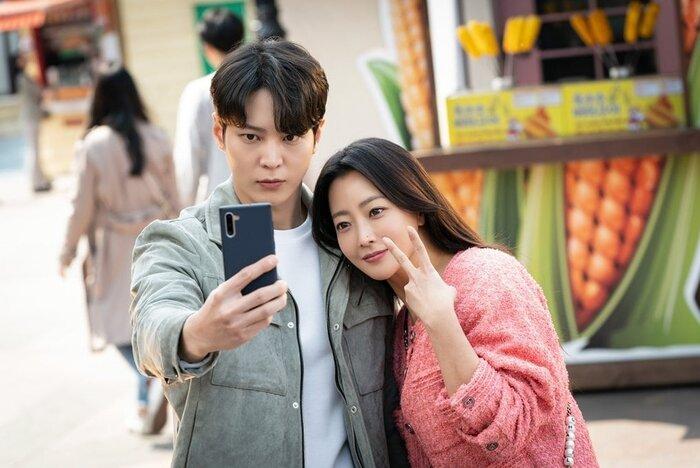 Phim của Lee Yoo Ri và Yeon Jung Hoon tiếp tục lập kỷ lục, khi trở thành bộ phim có rating cao nhất lịch sử đài Channel A 5