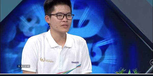 Nguyễn Hoàng Khánh thi đấu xuất sắc ngay từ phần thi Khởi động.