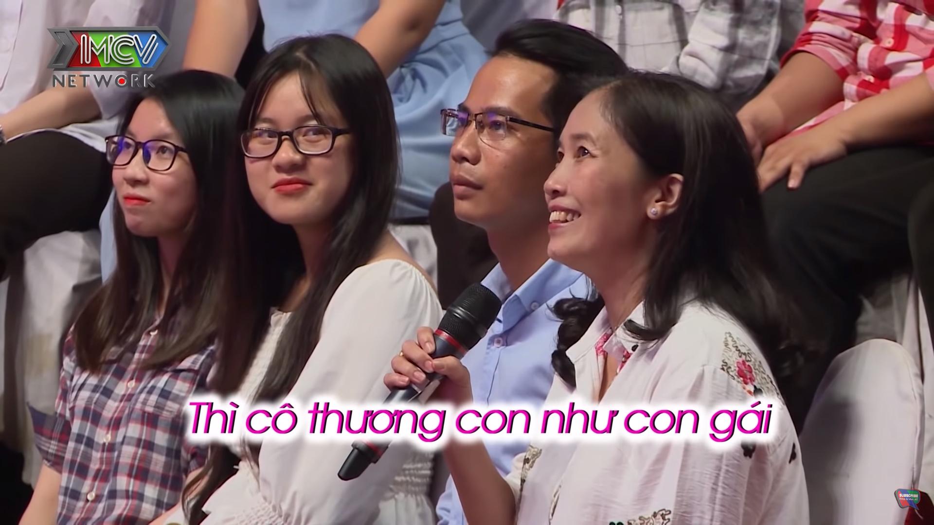 Mẹ của Trọng Kim cũng có mặt ở trường quay và hoàn toàn ủng hộ việc hai con tim hiểu nhau
