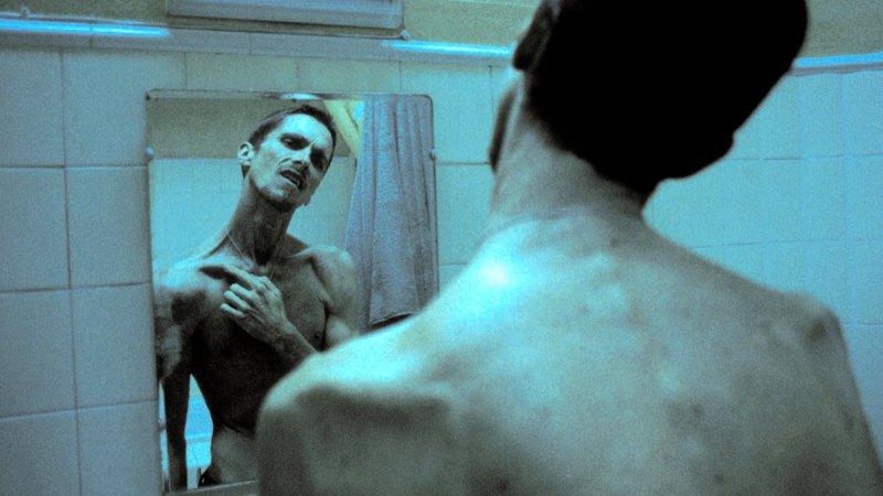 Sao Hollywood ép cân vì vai diễn: 'Joker' Joaquin Phoenix cần điều trị tâm lý vì giảm 23kg, nhưng vẫn chưa bằng 'Batman' Christian Bale 2