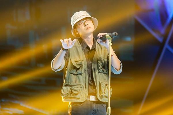 Vpop tuần qua: Trấn Thành 'làm quá' trong Rap Việt, Đức Phúc bị nghi đạo nhái, Osad tuyên bố 'sẽ thay thế Binz'? 2