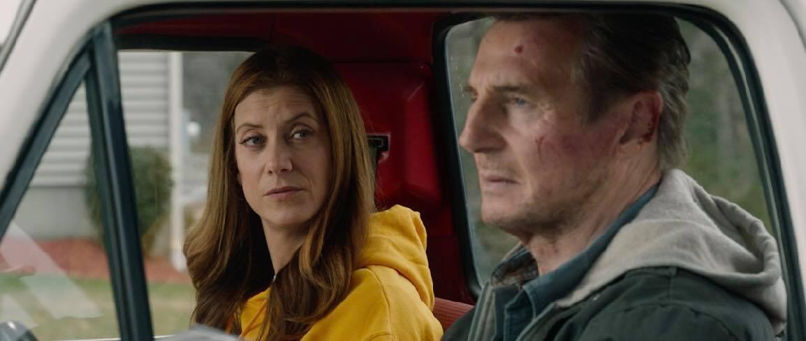 Tài tử Liam Neeson mãi chưa thoát được kiếp lận đận, cân não đối đầu FBI trong phim hành động mới 2