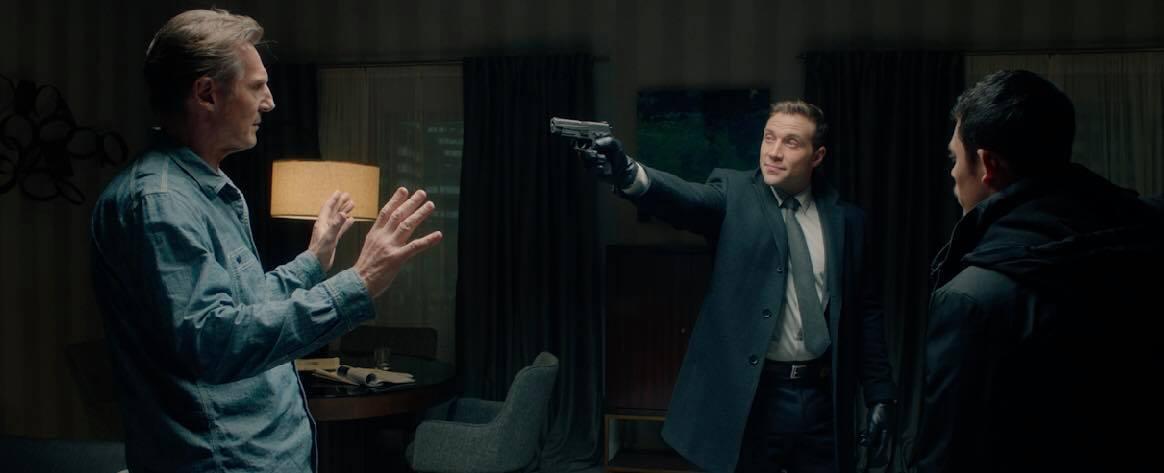 Tài tử Liam Neeson mãi chưa thoát được kiếp lận đận, cân não đối đầu FBI trong phim hành động mới 3