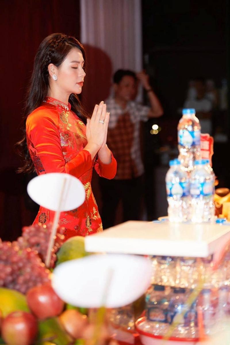 Bất ngờ trước màn 'lột xác' đầy ngoạn mục của nữ diễn viên trẻ Lương Thu Trang 3
