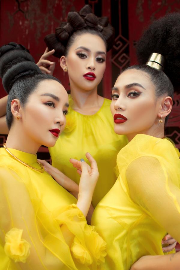 Giáng My, Hoàng Yến, Tiểu Vy rực rỡ tiến cung trong show diễn Vàng Son 2