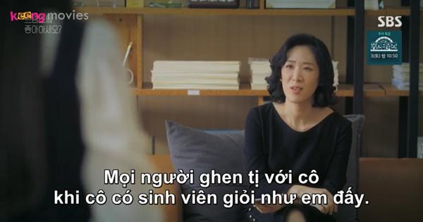 Giáo sư Lee đang cố gắng đào tạo Chae Song Ah thành trợ lý của mình.