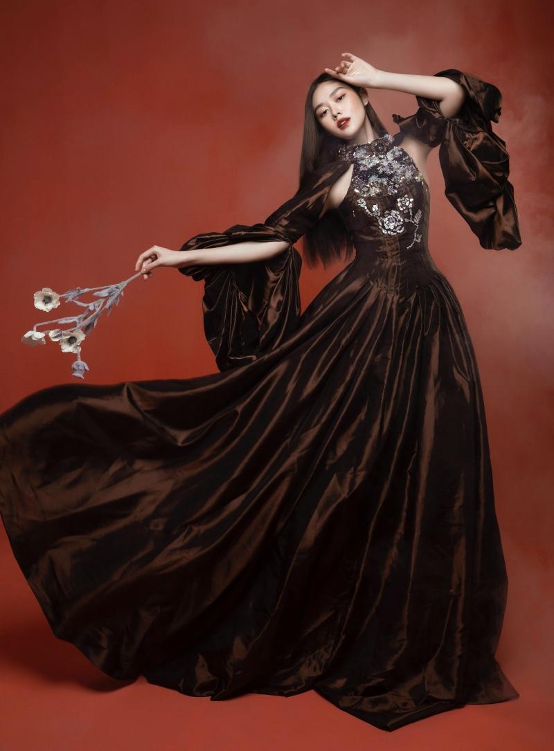 Tưởng không hợp mà hợp không tưởng - Á hậu Tường San tung bộ ảnh hóa 'chị Nguyệt' đậm màu Trung thu 1