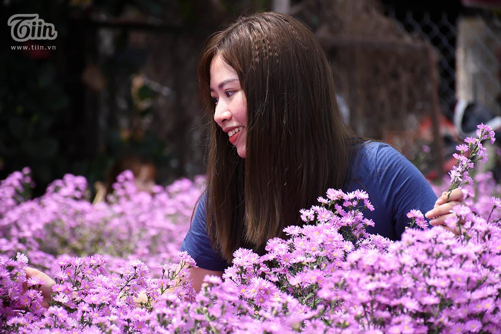 Note ngay địa điểm của vườn hoa siêu đẹp này: 64 Hà Tông Quyền, P. Khuê Trung, Q. Cẩm Lệ, TP. Đà Nẵng.