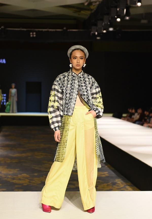 2 BST thời trang được lựa chọn 'chinh chiến' Quốc tế: Việt Nam không hề 'nhỏ bé'tí nào! 8
