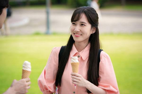 Cảnh quay đã trở thành một khoảnh khắc mang tính biểu tượng, khắc hoạmột Chae Song Ah không dễ dàng bị tình yêu làm cho mù quáng.