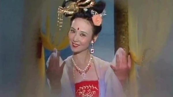 Điểm lại những nàng Hằng Nga tuyệt sắc trên màn ảnh Hoa ngữ nhân dịp tết Trung Thu 1