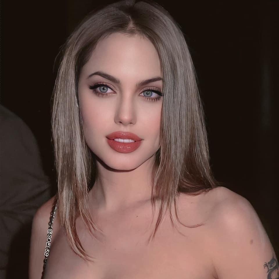 Những bức hình khiến cư dân mạng chao đảo những ngày gần đây vì nhan sắc quá mức kinh diễm của Angelina Jolie