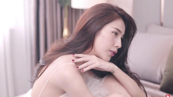 Thủy Tiên chính thức tái xuất', MV sâu sắc nhưnglời kêu gọi 'cày view' của nữ ca sĩ gây chú ý! 0