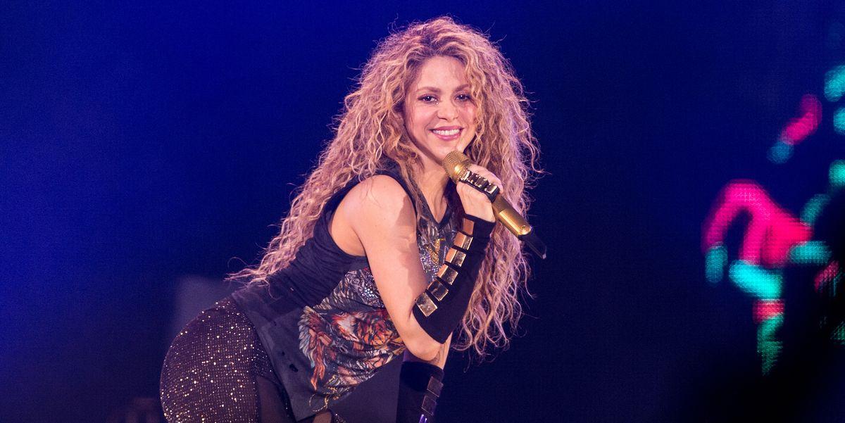Shakira đã lưu diễn qua 56 quốc gia trên thế giới.