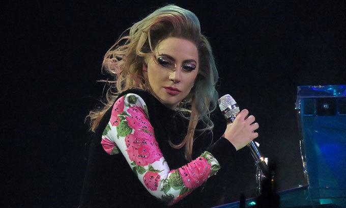 Lady Gaga đứng ở vị trí thứ 2, chỉ thua Shakira 1 đất nước.