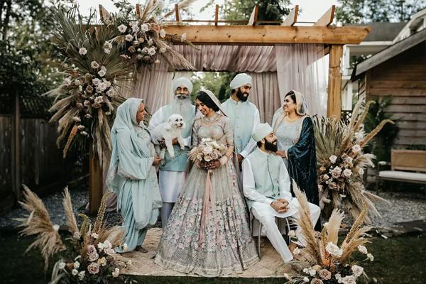 Sau 7 tháng hẹn hò, cặp đôi tổ chức hôn lễ tại sân vườn nhà bố mẹ, ghi lại những khoảnh khắc đẹp đến khó quên 5