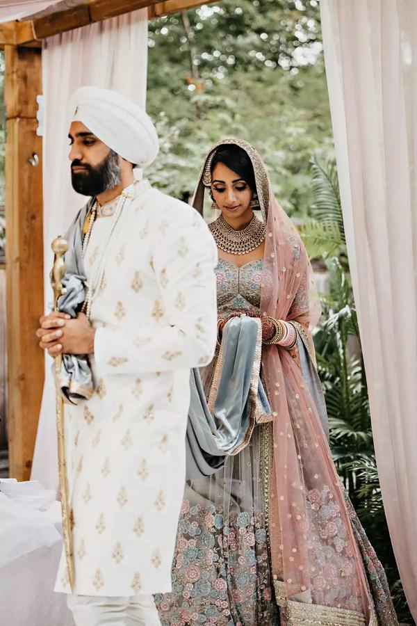 Sau 7 tháng hẹn hò, cặp đôi tổ chức hôn lễ tại sân vườn nhà bố mẹ, ghi lại những khoảnh khắc đẹp đến khó quên 9