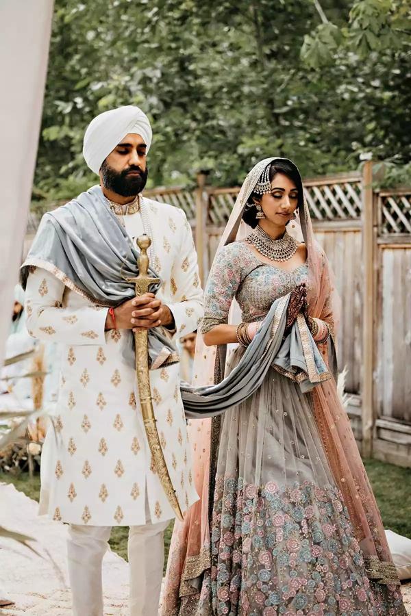 Sau 7 tháng hẹn hò, cặp đôi tổ chức hôn lễ tại sân vườn nhà bố mẹ, ghi lại những khoảnh khắc đẹp đến khó quên 10