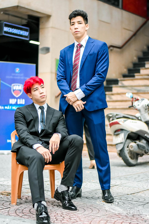 Hoàng chia sẻ cả hai cùng đội bay vào TP. Hồ Chí Minh vào tuần trước để tập luyện, chuẩn bị cho mùa giải VBA 2020, dự kiến chính thức diễn ra từ 15/10.