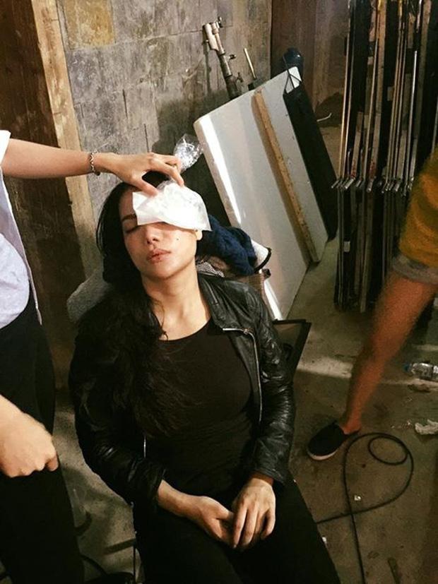 Sao Việt xả thân vì vai diễn: Lan Ngọc gãy xương, Ngô Thanh Vân đổ máu, Trúc Anh ngã từ xe đang chạy 3