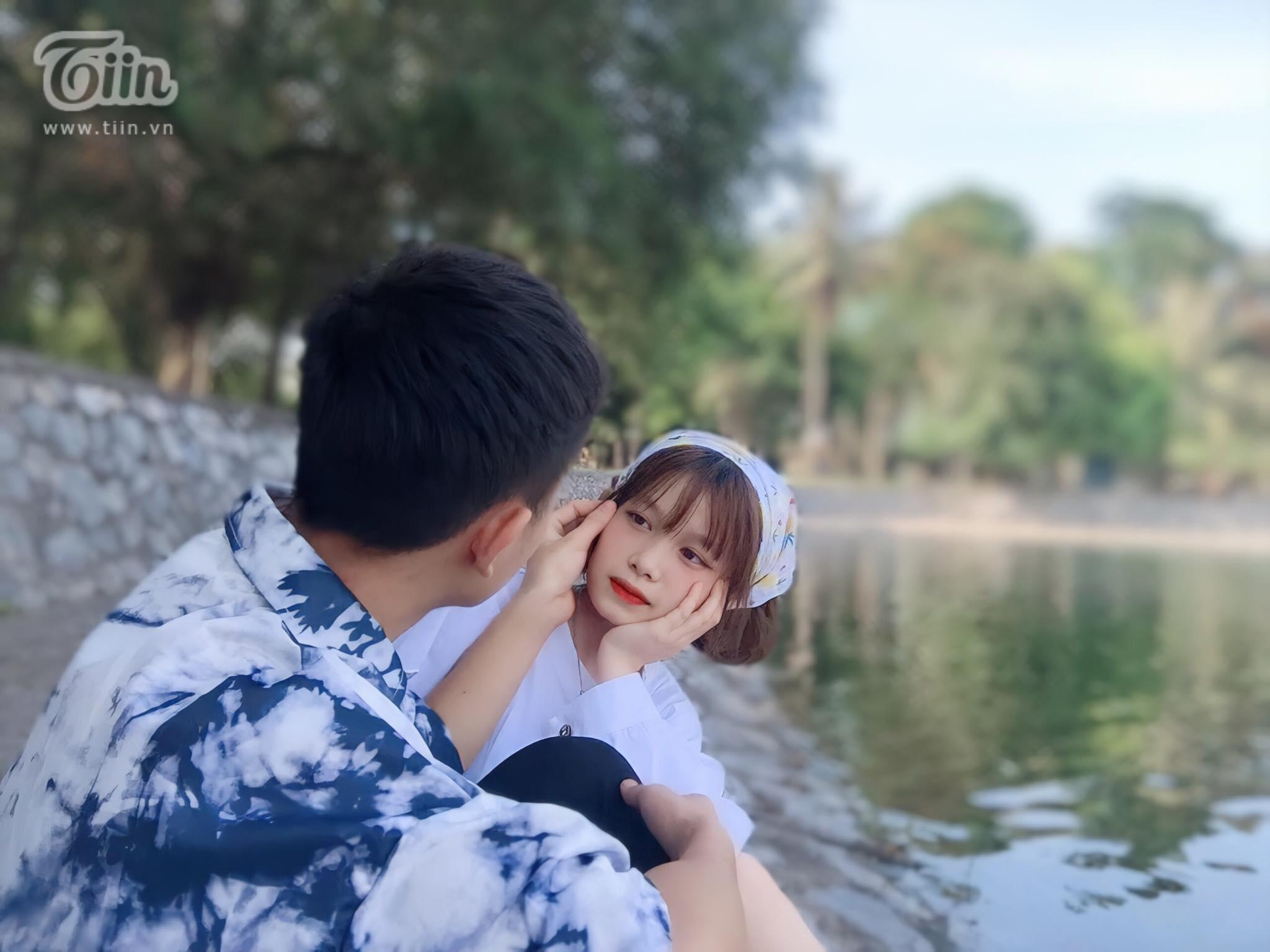 Dòng tìm kiếm gây bão mạng và chuyện tình yêu 'gà bông' ngọt ngào của cặp đôi 10X 1