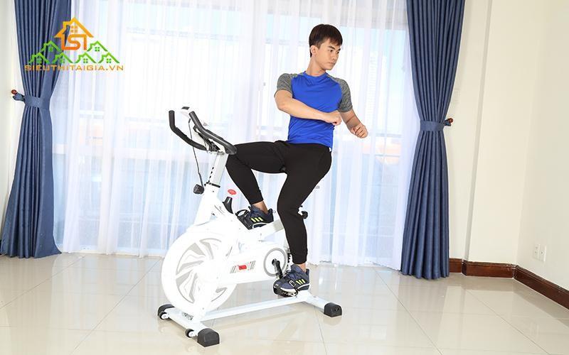 Đạp xe đạp tập giúp xương khớp chắc khỏe