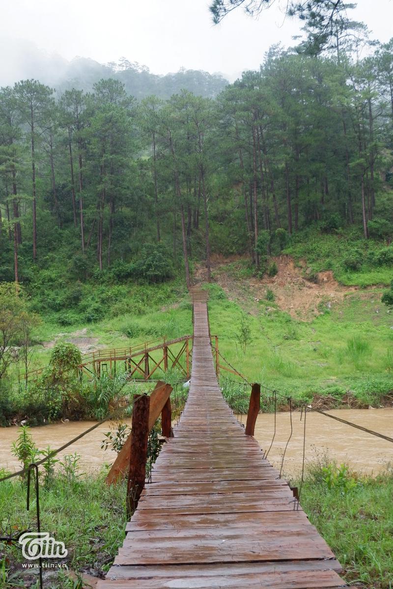 Hành trình check-in cầu treo La Bá (Đà Lạt): 'Cảm giác hơi run sợ nhưng chinh phục được rồi sẽ rất tuyệt' 5