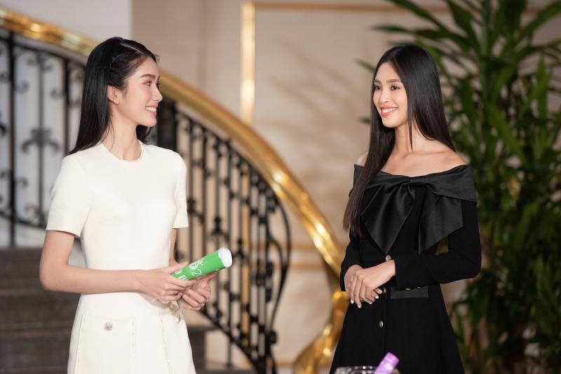 Gặp mặt Top 35 Hoa hậu Việt Nam 2020, Hoa hậu Tiểu Vy diện kín đáo vẫn đẹp lấn lướt 3